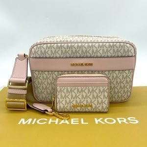 Michael Kors Kenly LG Pocket Xbody & Card Case Wlt
